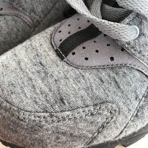 Nike Huarache Men's size 7